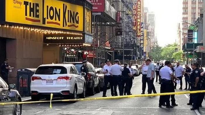 В центре Нью-Йорка во время ссоры продавец ранил военного