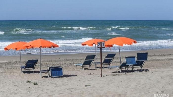 На пляжах в Затоке рекомендуют не купаться
