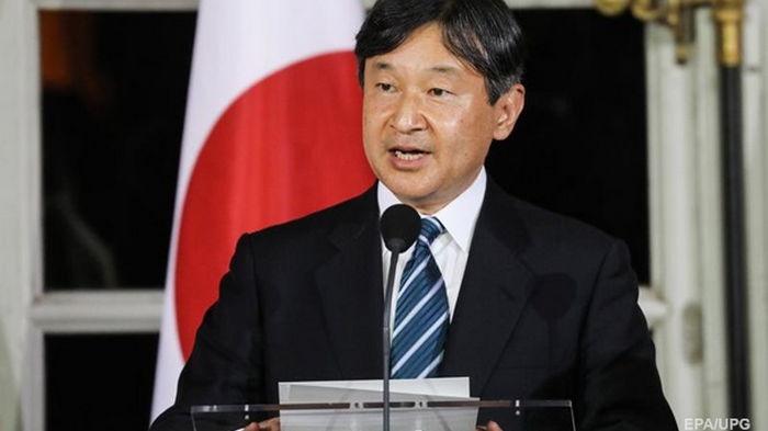 Император Японии привился от COVID-19