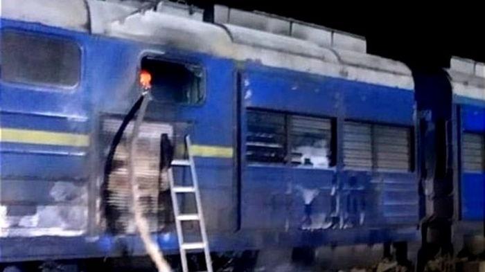 Под Николаевом загорелся тепловоз поезда Интер-Сити