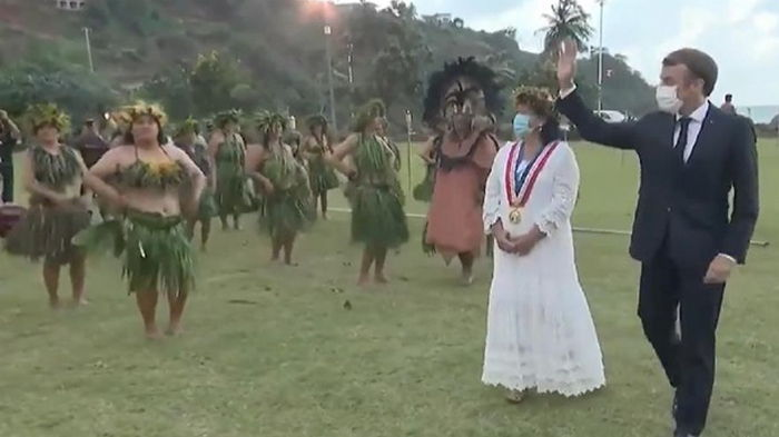 Макрон получил новое имя в Полинезии