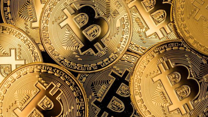 Аналитик Bloomberg прогнозирует биткоину рост до $100 000