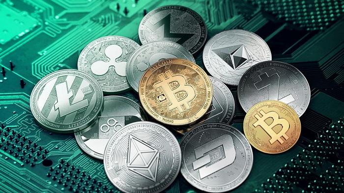 Курс критповалют Bitcoin и Ethereum достиг максимума трех месяцев