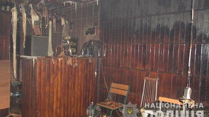 В Киеве недовольный посетитель поджег кафе (фото)