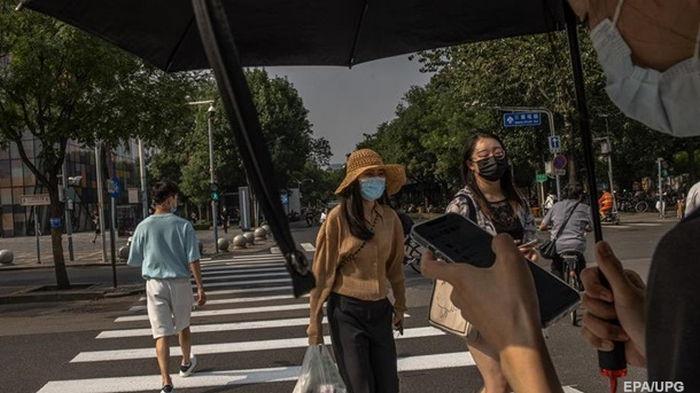 Китай в 2020 году заработал на масках почти $90 млрд