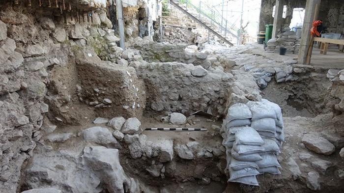 В Иерусалиме нашли следы землетрясения из Библии (видео)