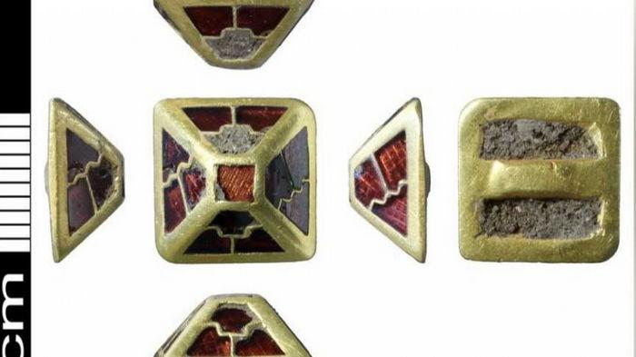 В Англии обнаружили драгоценный артефакт возрастом 1400 лет