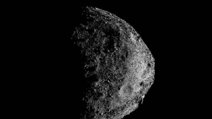 Астрономы уточнили риск столкновения астероида Бенну с Землей
