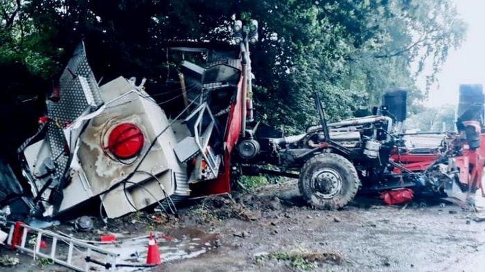 Объезжала дорожные работы: на Прикарпатье разбилась пожарная машина