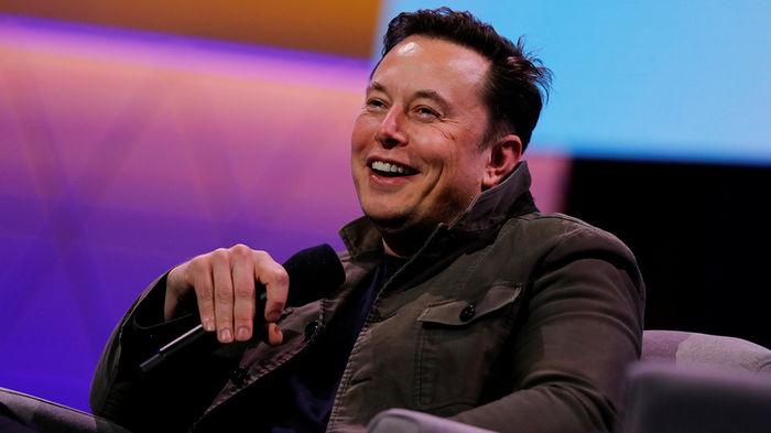 Илон Маск вдохновил более трети покупателей криптовалют