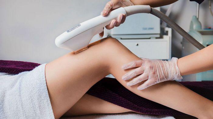 Лазерная эпиляция ног: за и против