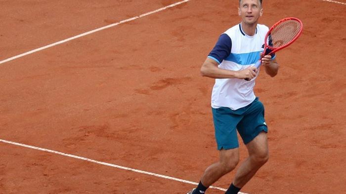 Стаховский уступил в миксте на турнире в Будапеште