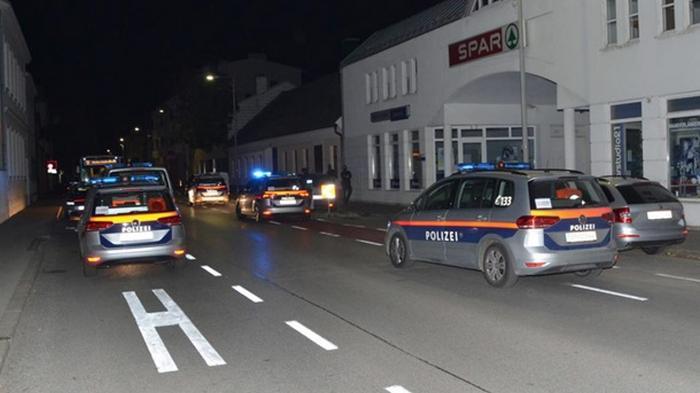 В Австрии мужчина ранил ножом пять человек на улице