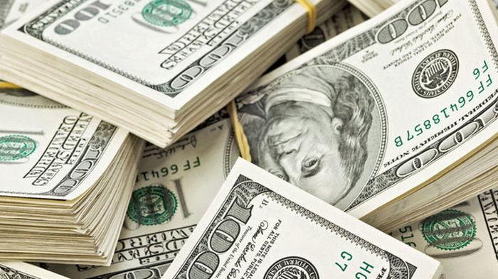 Доллар дешевеет. Итоги торгов на межбанке