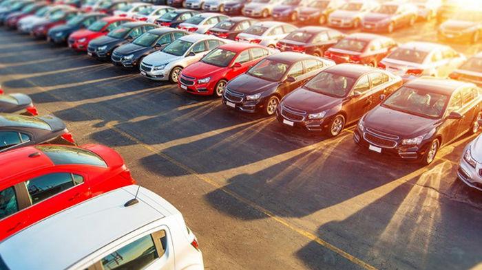 Продажи новых автомобилей в Украине рекордно выросли