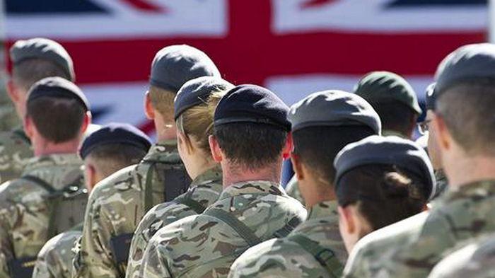 Бывших афганских силовиков могут взять на службу в британской армии — СМИ