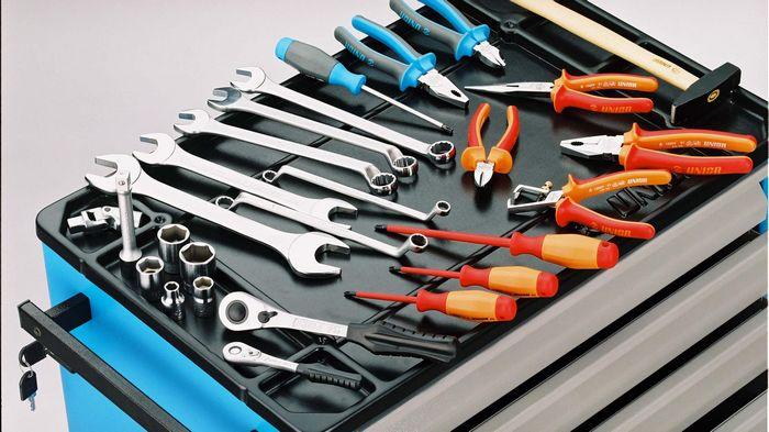Где и какие стоит купить инструменты для авто?