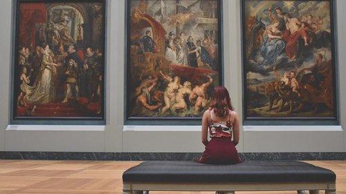В Брюсселе лечить стресс от коронавируса будут посещением музеев