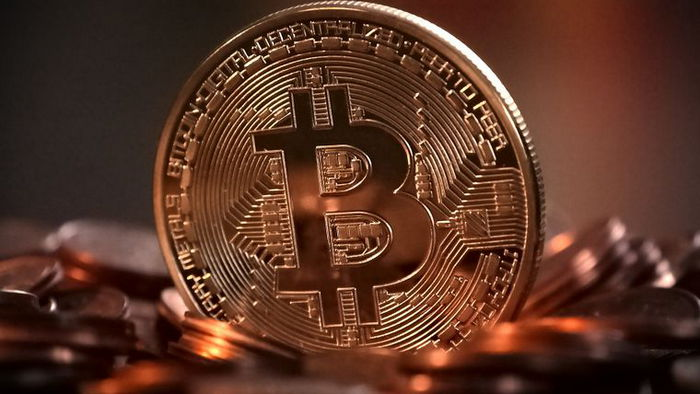 Стоимость Bitcoin превысила $50 000