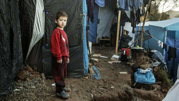 На греческом острове начал работу закрытый лагерь для беженцев