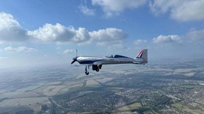 Электрический самолет Rolls-Royce совершил первый полет (видео)