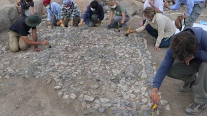 В Турции нашли самую древнюю мозаику (фото)