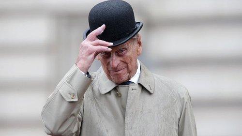 Принц Чарльз рассказал о пророческой шутке отца накануне смерти