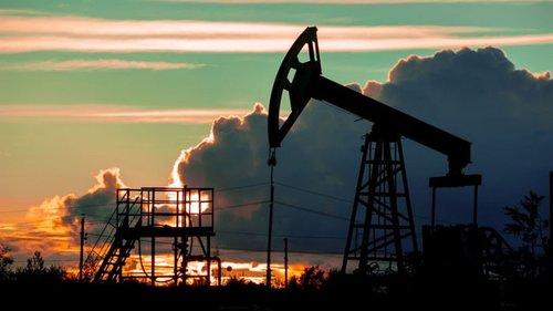 Нефть дорожает до недельного максимума