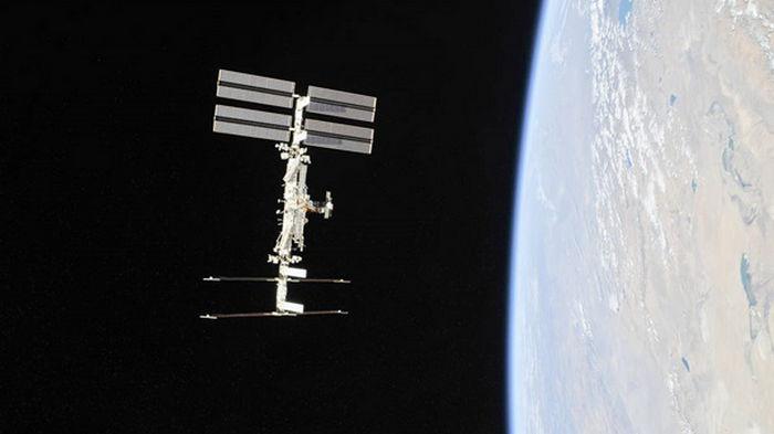 NASA определило дату полета на МКС первого коммерческого экипажа