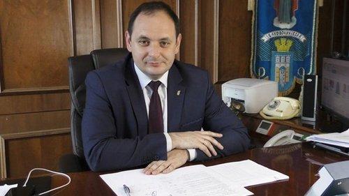 В Ивано-Франковске пообещали миллион учебному заведению за 100% вакцин...
