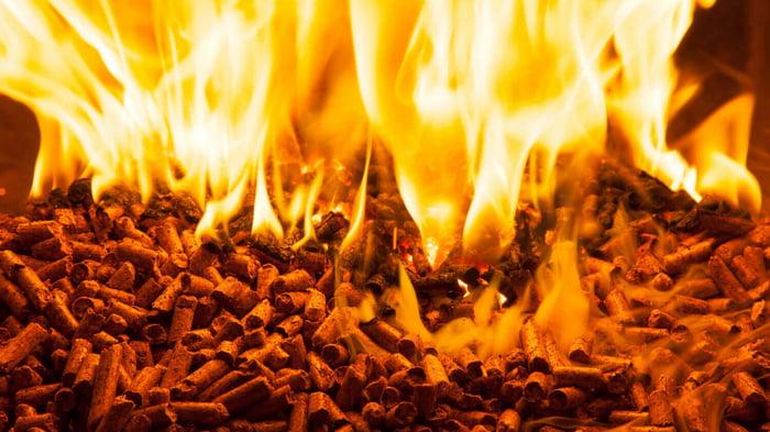 Древесные пеллеты — альтернативное топливо для обогрева жилых помещений