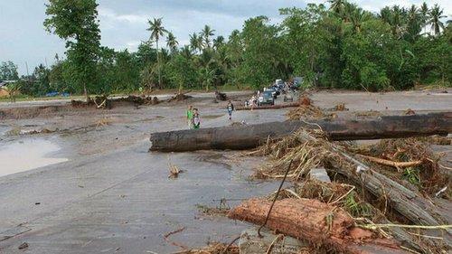 Над Филиппинами пронесся тайфун, погибли 19 человек