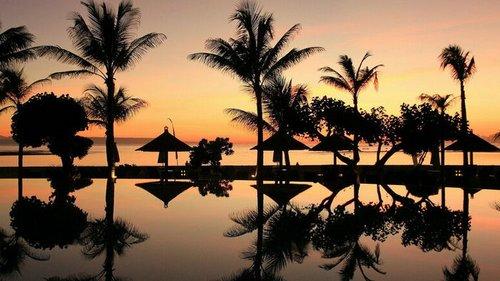 На Бали разрешили въезд туристам из 18 стран