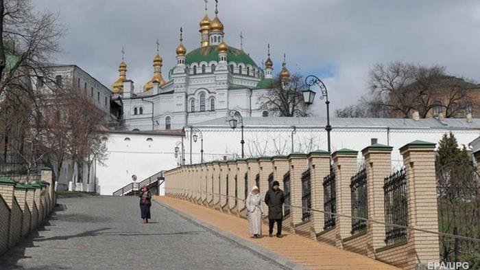 В Киево-Печерской лавре отменили карантин