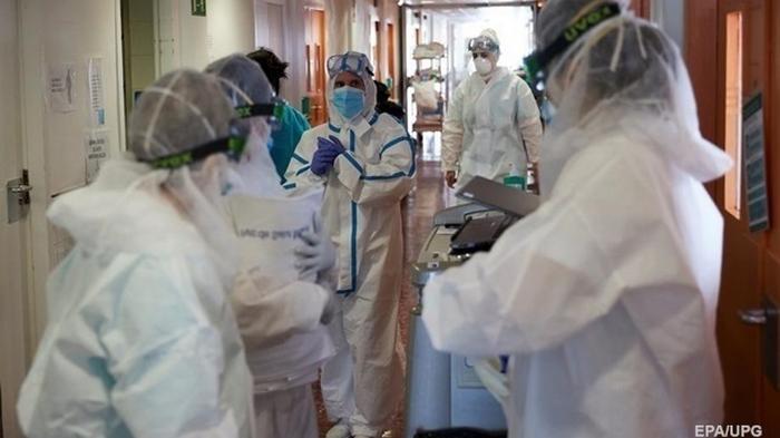 Коронавирус: Врачам выплатили более миллиарда