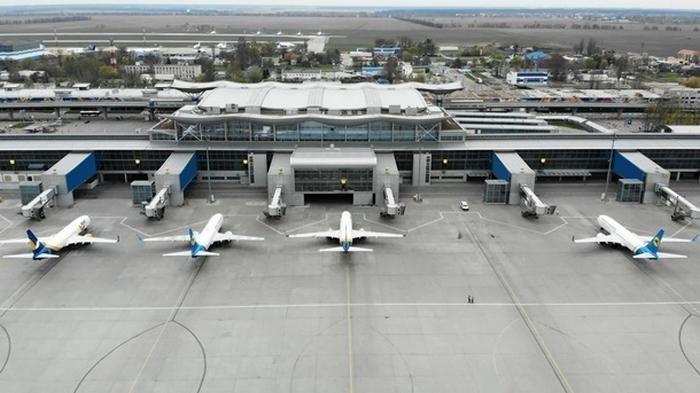 Запуск авиасообщения: МОЗ разделил страны на две зоны